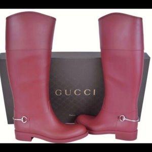 NIB Gucci Raspberry Candy Rubber Horsebit Boots